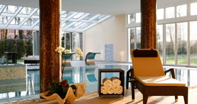 "One night in an Executive room and relax in our dynamic swimming pool at a ""Fresh"" rate."
