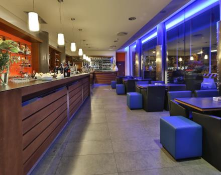 Drinks and friendliness in the Cafè Galileo in BW Plus Hotel Galileo in Padua