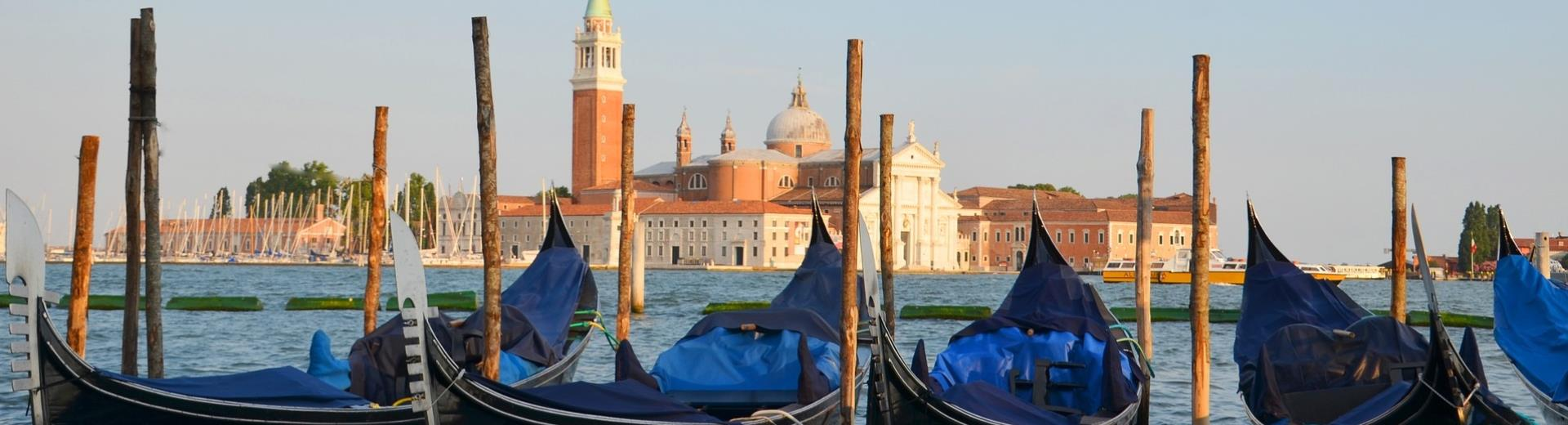 Stays the Best Western Plus Hotel Galileo and visit Venice, less than half an hour!