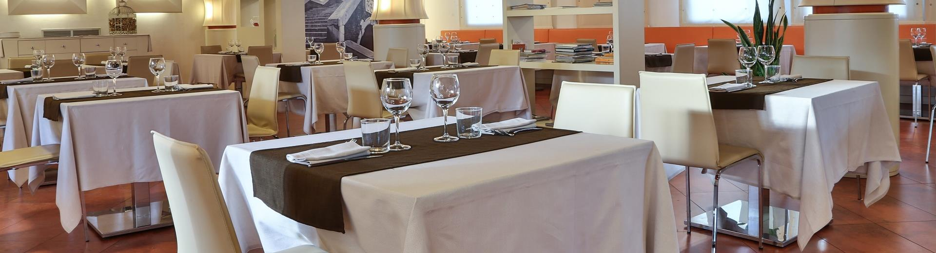 Try the food service at BW Plus Hotel Galileo in Padua!