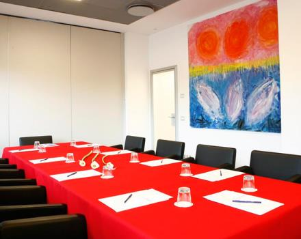 You have to organize an event and are looking for a meeting room in Padua? Discover The Best Western Plus Hotel Galileo Padova
